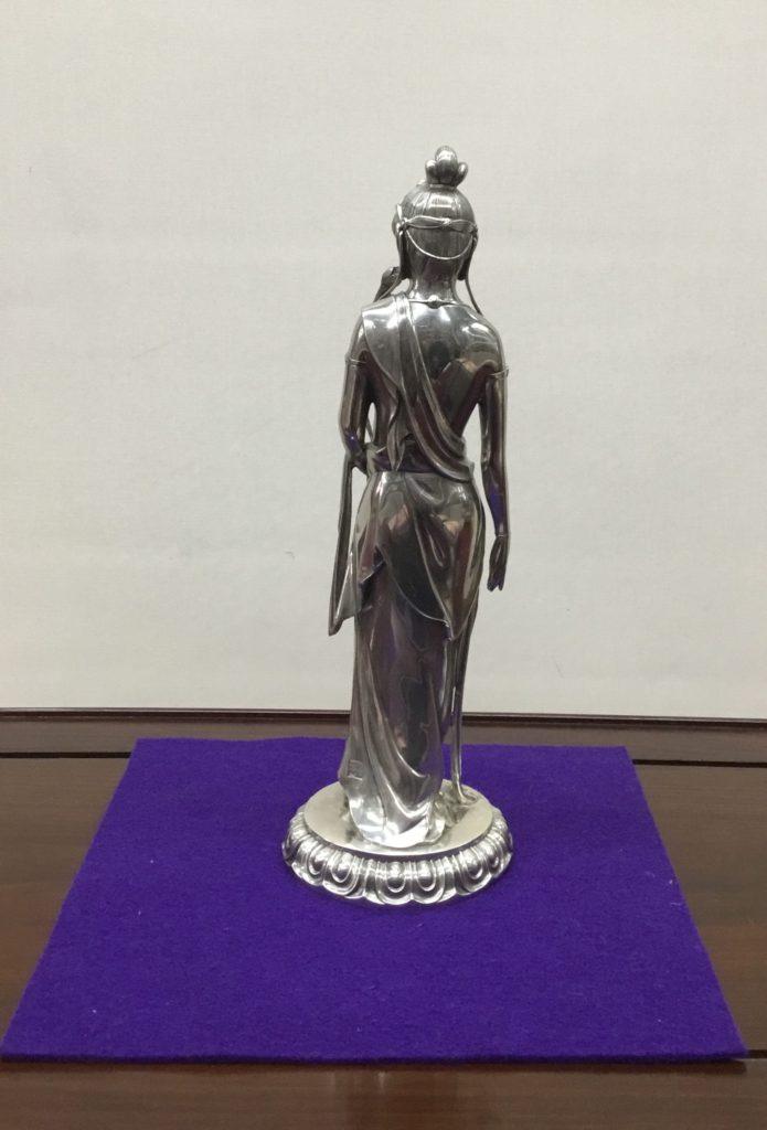 銀製 聖観音像